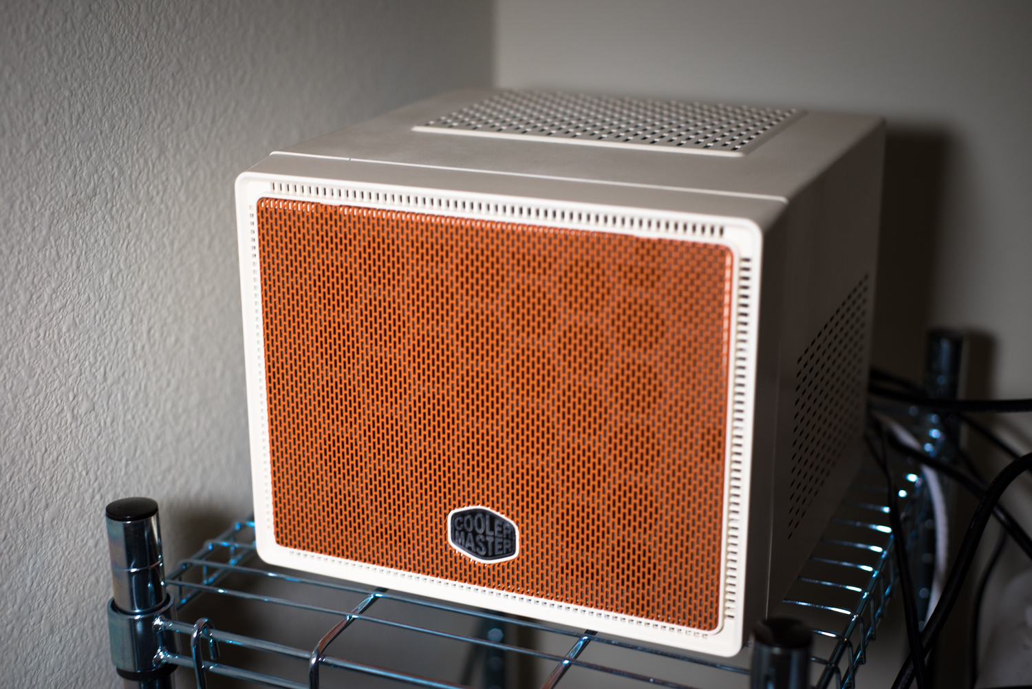 White and Orange Cooler Master Elite 110 Case Mod
