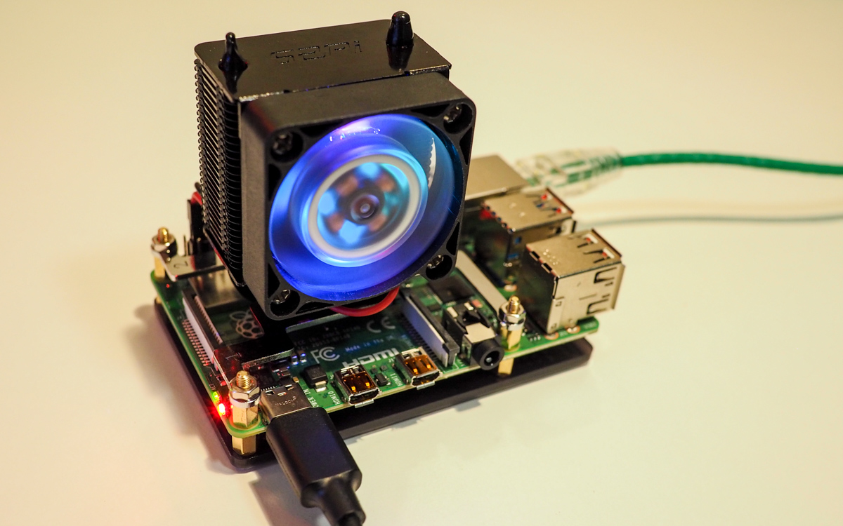 Raspberry Pi 4 with RGB Cooler Tower temperature test