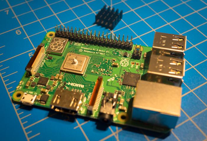 Raspberry Pi 3 Model B+ thermal paste application